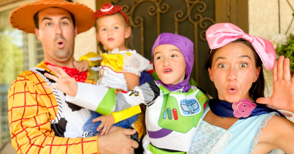 Disney family Halloween costumes toy story