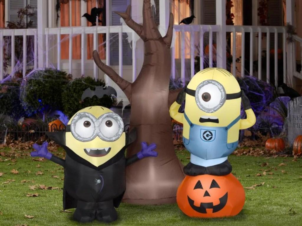 Minions Halloween inflatable