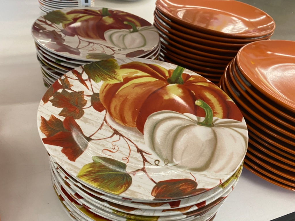 pumpkin smaller dinner plates