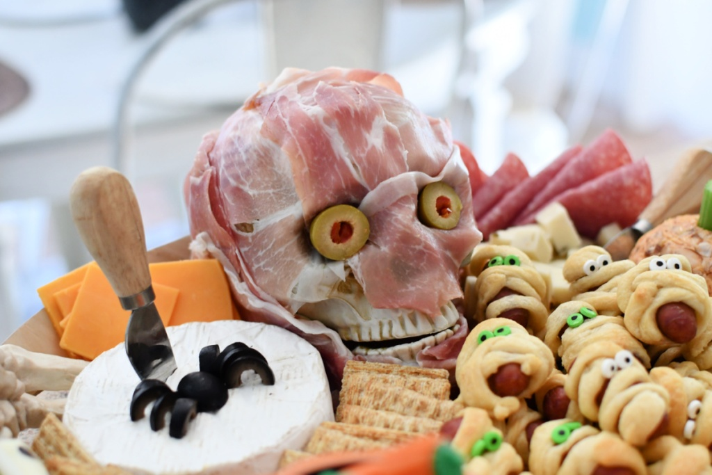 up close of Halloween charcuterie board