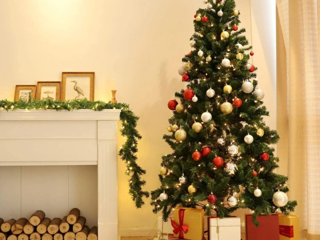 6' Artificial Green Christmas Tree