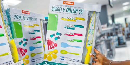 Art & Cook 23 Piece Gadget & Cutlery Set Only $18.99 on Macy's.com (Regularly $50)