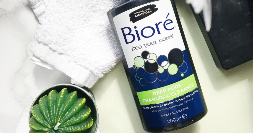 biore charcoal deep pore cleanser with plant