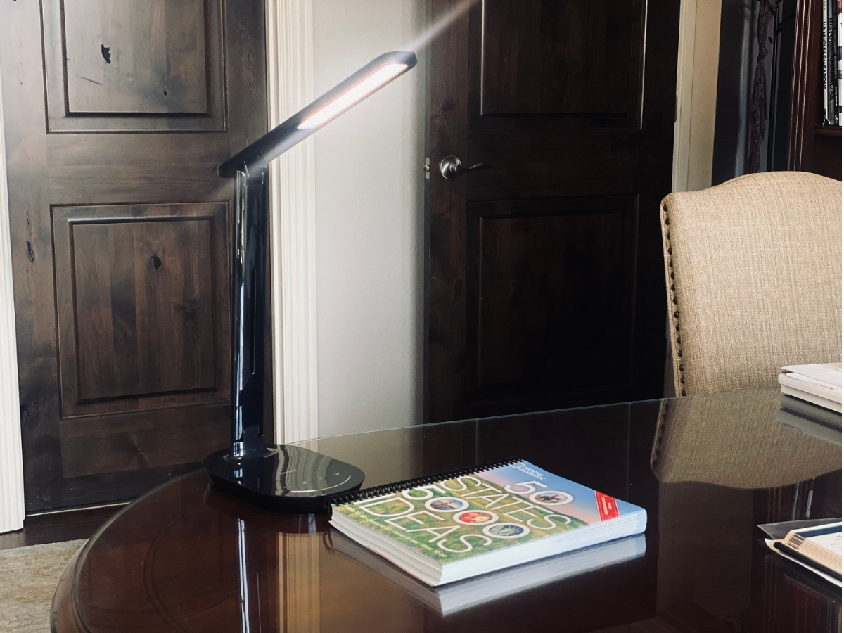 Lastar Dimmable Eye-Protecting Table Lamp w/ Touch Control