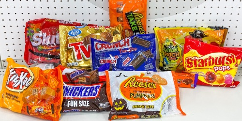 10 of the BEST Halloween Candies to Hand Out This Year